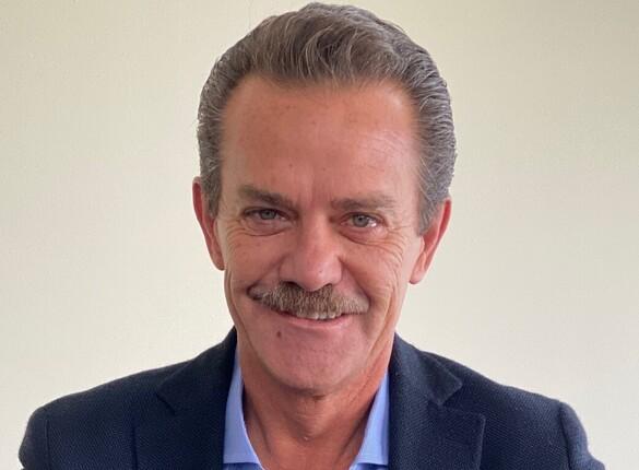 Arturo Saval